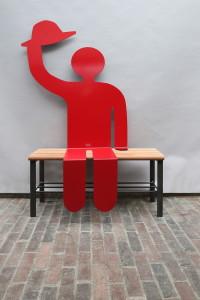 rote Skulptur (1)